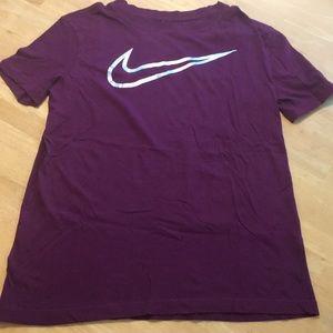 Nike burgundy tee